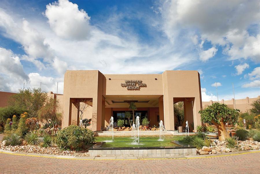 Desert jewel casino and windhoek country club resort casino movempick tanger