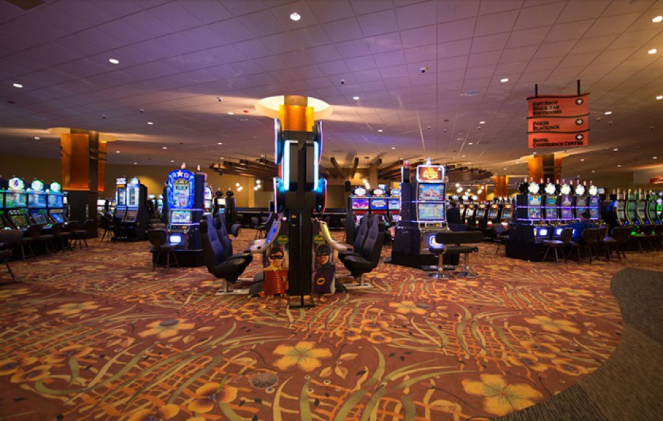Menominee casino address midtown madness 2 cars game