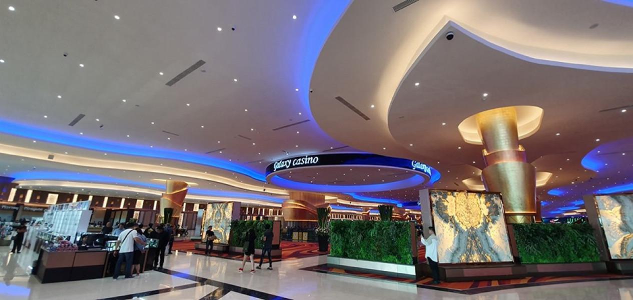 Galaxy Plaza Hotel And Casino