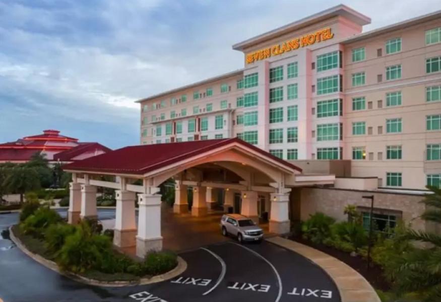 Coushatta casino resort new hotel gambling greyhound racing