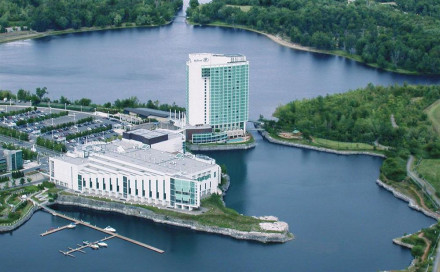 Lac Leamy Poker