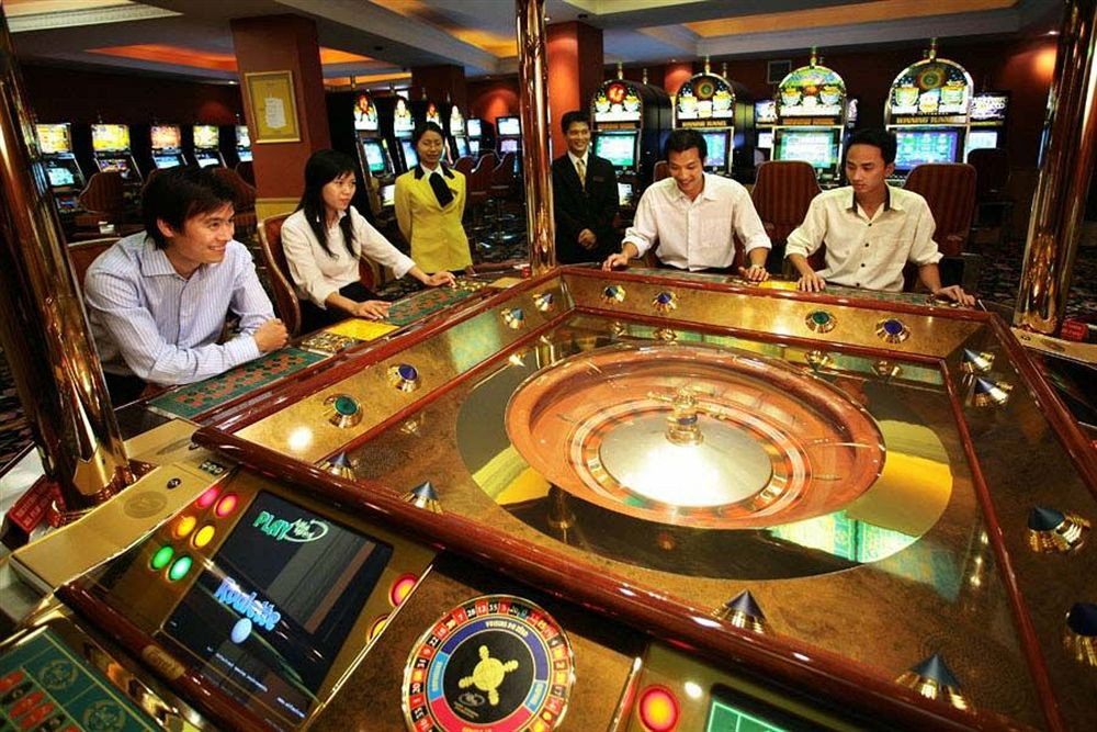 Vietnam saigon casino handheld slot machine game