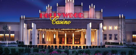 Hollywood casino kc poker tournaments canape palette roulette